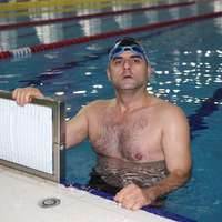image: Blind Turkish swimmer wi…